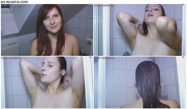 Komm' dusch mit mir mit LauraNightVixen