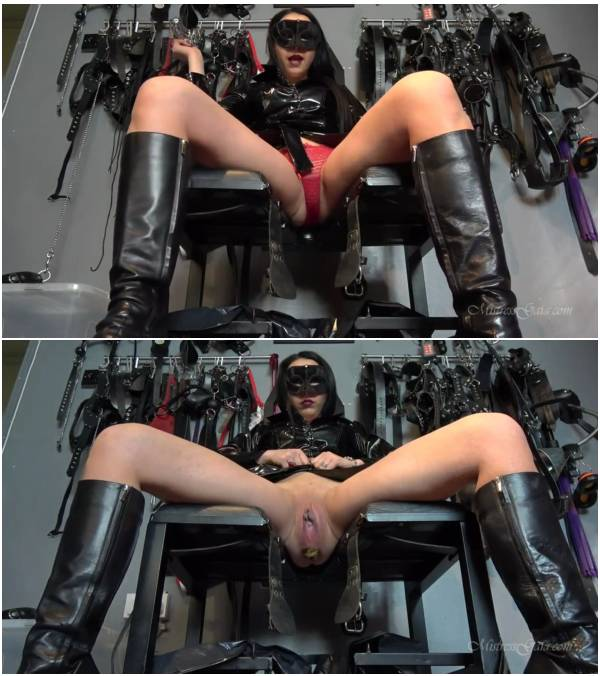 MistressGaia - Chastity  and  Scat Training (scat flash video)